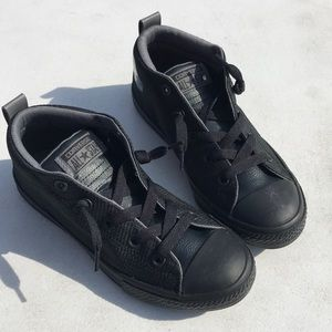 Converse size 4 Junior sneakers NIB